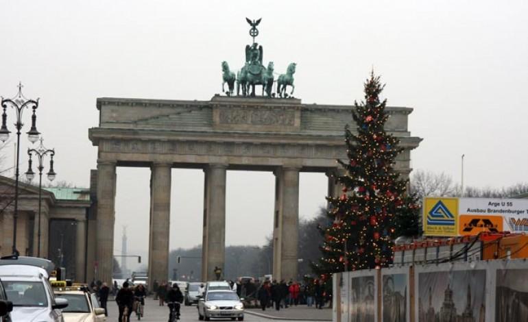 WOODHAM ACADEMY PREPARE FOR BERLIN TRIP