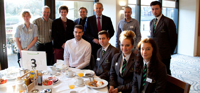 students meet tony blair