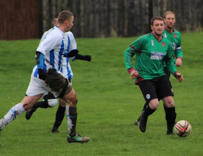 midfield meastro Gaffa Boyes vs Laceys Nov 23 2014