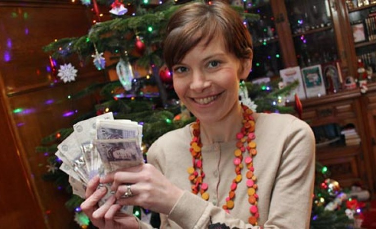 SARAH WINS £500 CASH COMPETITION!