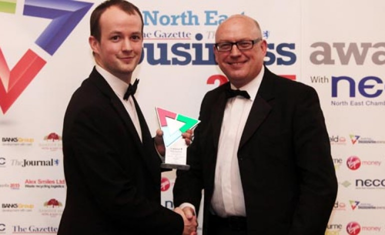 TEKMAR BAGS NORTH EAST EXPORT AWARD