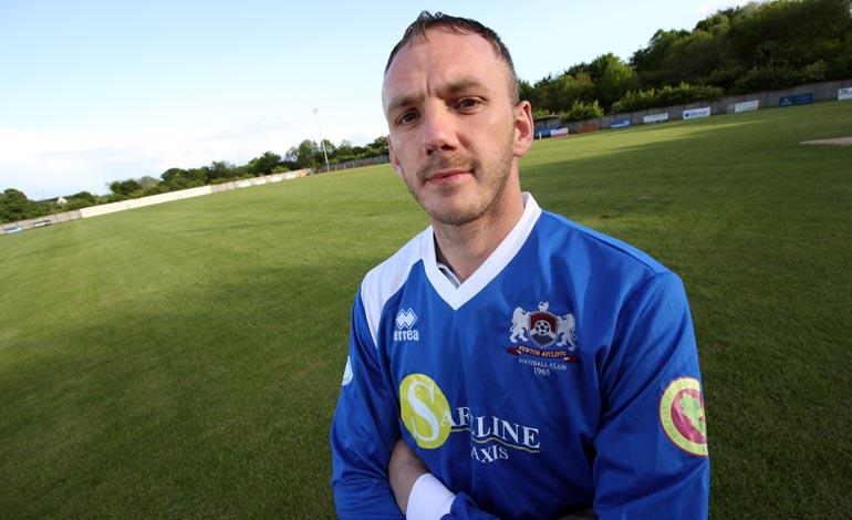 matty moffatt signs for newton aycliffe fc