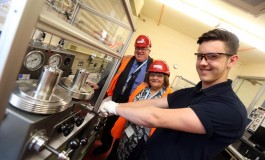 New scheme puts Aycliffe teenage dad on road to success