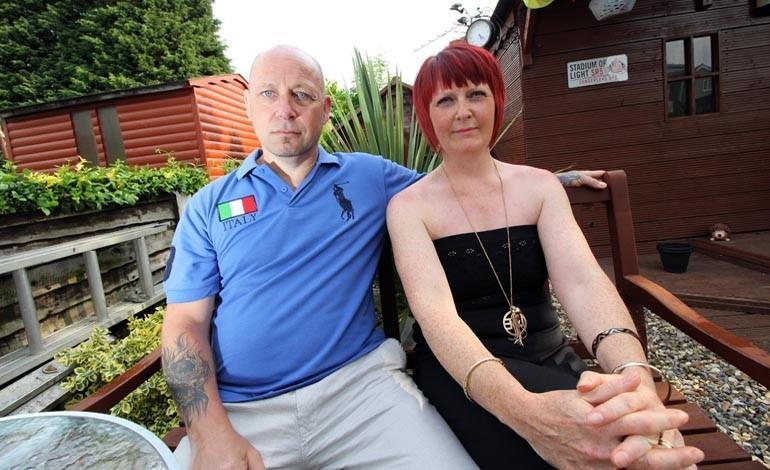 Shaun-and-Loraine-Saunders-back-home-770x470
