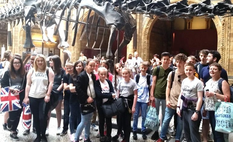Aycliffe students enjoy London trip
