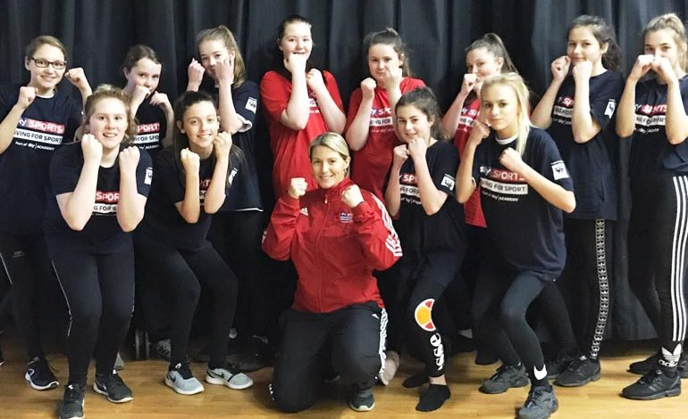 Girls team up with British boxing champion