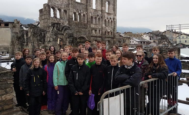 Students enjoy ski trip to the Aosta Valley