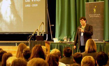 Celebrated academic talks to school students