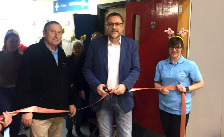 Pictures: MP opens Acorn's most successful Petting Zoo