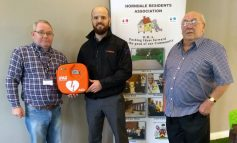 Madathon donates defibrillator to Horndale Residents Association