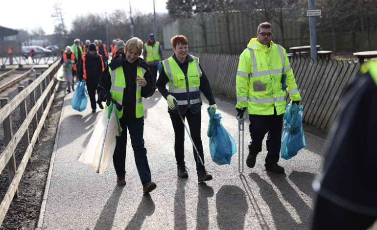 Thousands of volunteers support Big Spring Clean