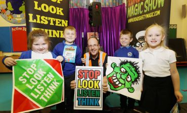 Spreading road safety messages with the help of a little magic