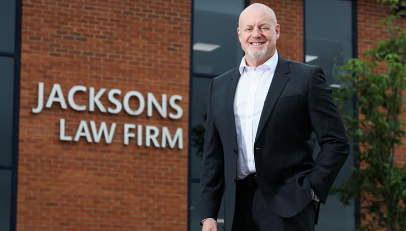 Experienced solicitor takes up lead corporate role with law firm